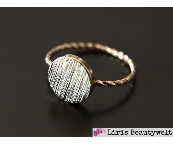 https://www.liris-beautywelt.de/3994-thickbox/ring-dot-gold.jpg