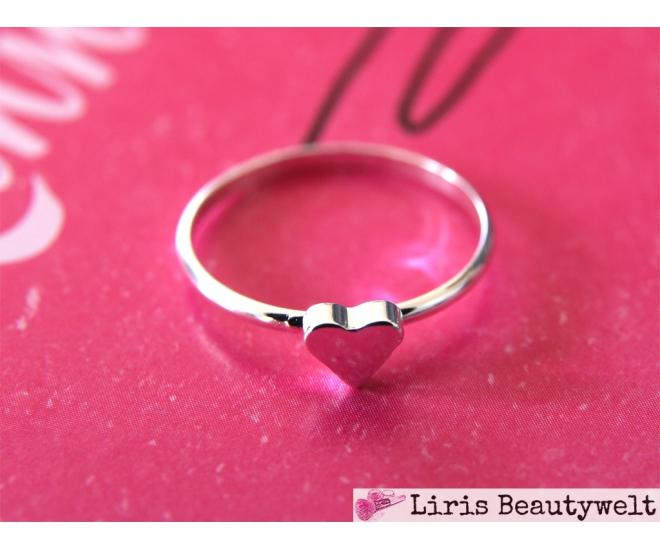 https://www.liris-beautywelt.de/4006-thickbox/ring-herz-silber.jpg